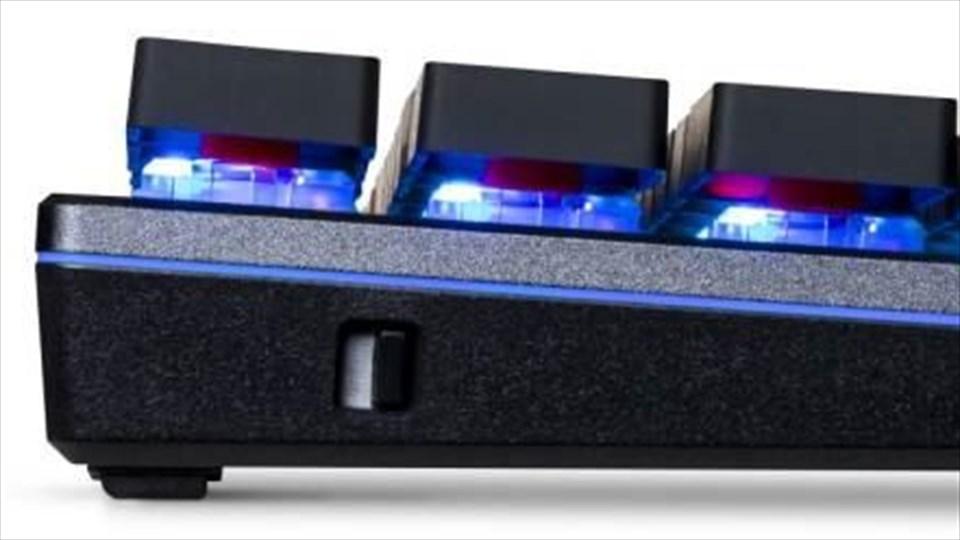 SK621, tastiera meccanica senza fili per Cooler Master